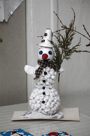 9.12.2011 Zdobení perníčků v muzeu při akci Příjezd paní Zimy