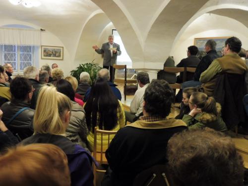 14. 3. 2017 - Přednáška Mgr. Pavel Fencl  - Historie Petrova Dvora a Obory